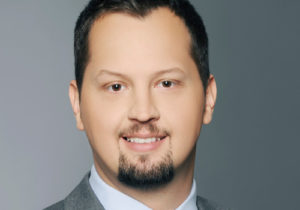 Dr. Damir Ismailović